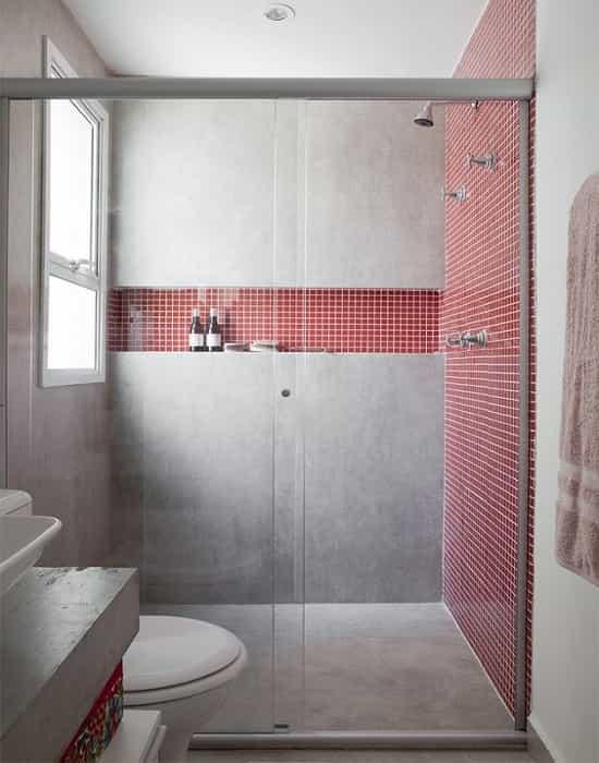 Box para Banheiro Incolor com Alumínio Prateado