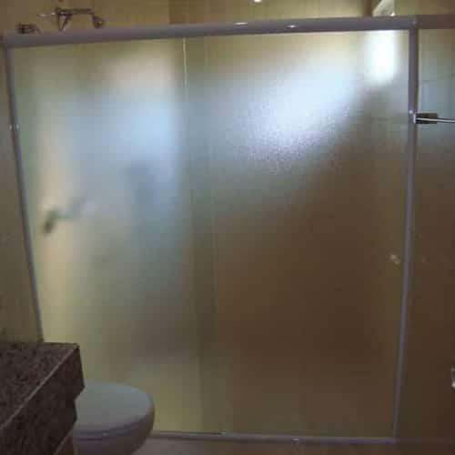 vidro pontilhado para box vidro temperado de 8 mm, com preços promocionais a pronta entrega. Perfis de acabamento em alumínio várias cores.