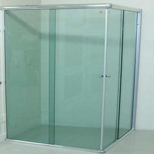 Box verde de canto vidro temperado de 8 mm, ótimos preços a pronta entrega. Perfis de acabamento em alumínio várias cores com qualidade total.