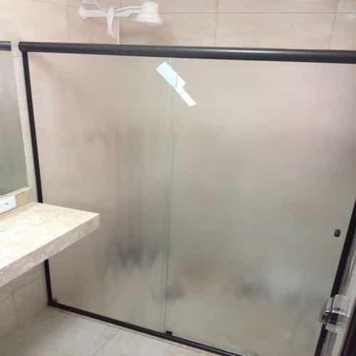 box antilope temperado vidro temperado de 8 mm, com altura padrão de 1,90 cm, a pronta entrega. Várias opções de cores de acabamento com qualidade total. Dubox SP, o Box Certo pra Você