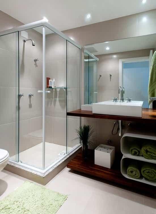 banheiro box canto vidro temperado de 8 mm, com preços promocionais a pronta entrega. Perfis de acabamento em alumínio várias cores.