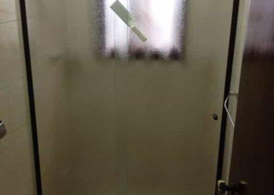 Box de vidro antílope de correr. Box Sobre Banheira vidro bronze de 8 mm. Box de vidro a pronta entrega com garantia total de qualidade. Solicite um orçamento sem compromisso.