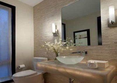 Espelho para lavabo de 4 mm, modelo retangular. Espelho a pronta entrega com garantia total de qualidade. Solicite um orçamento sem compromisso.