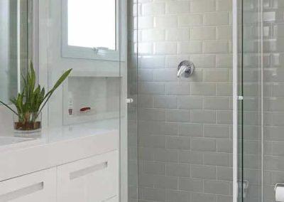 Box para banheiro com vidro 8 mm, Dubox sp. Box de vidro a pronta entrega com preços promocionais e várias opções de perfil de acabamento.